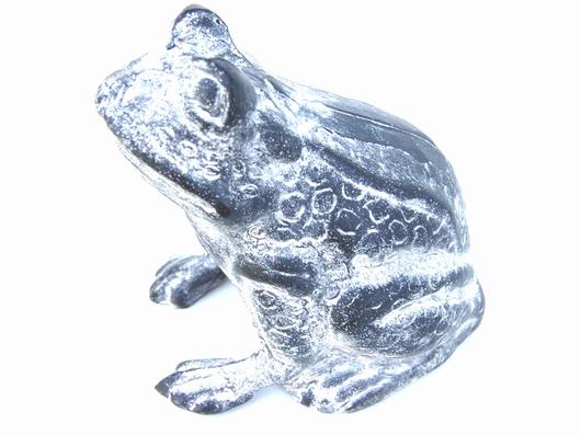 Statue grenouille fonte effet plomb